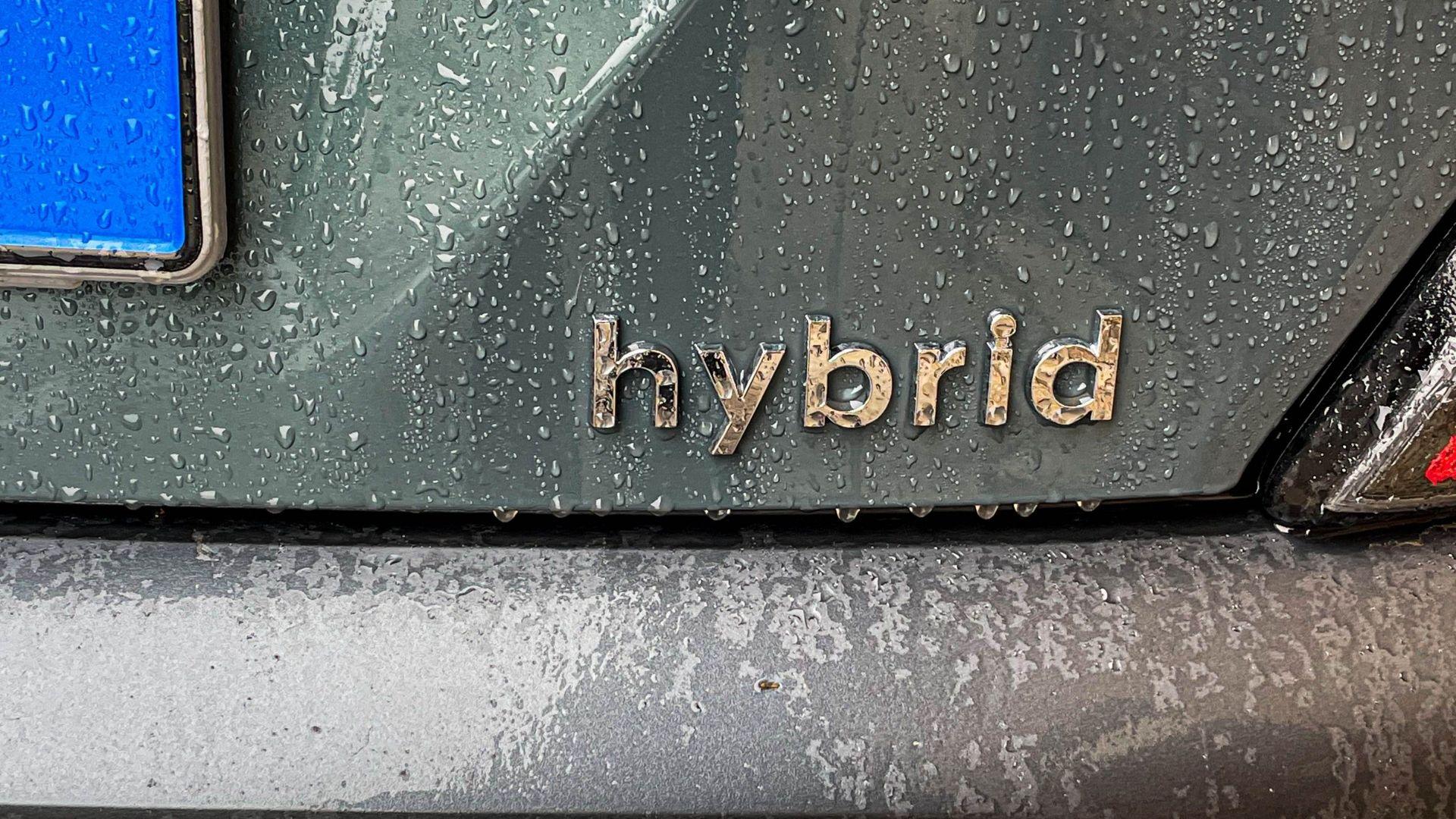 Hyundai-Kona-hybrid-logo