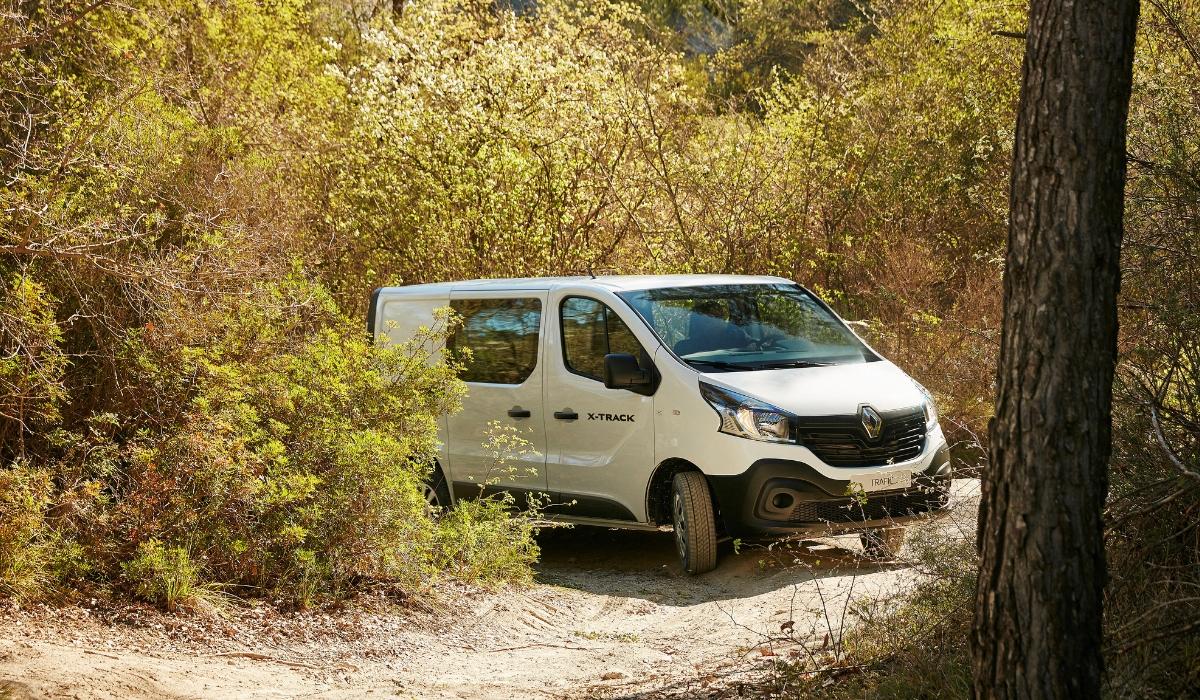 Renault Trafic X-Track bianco
