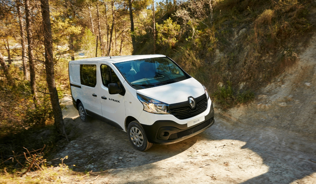 Renault Trafic X-Track test drive