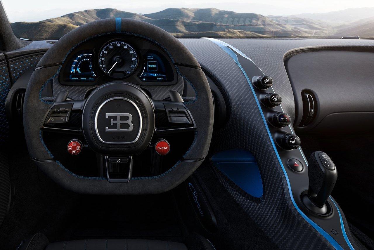 Tiratura di Bugatti Chiron Pur Sport