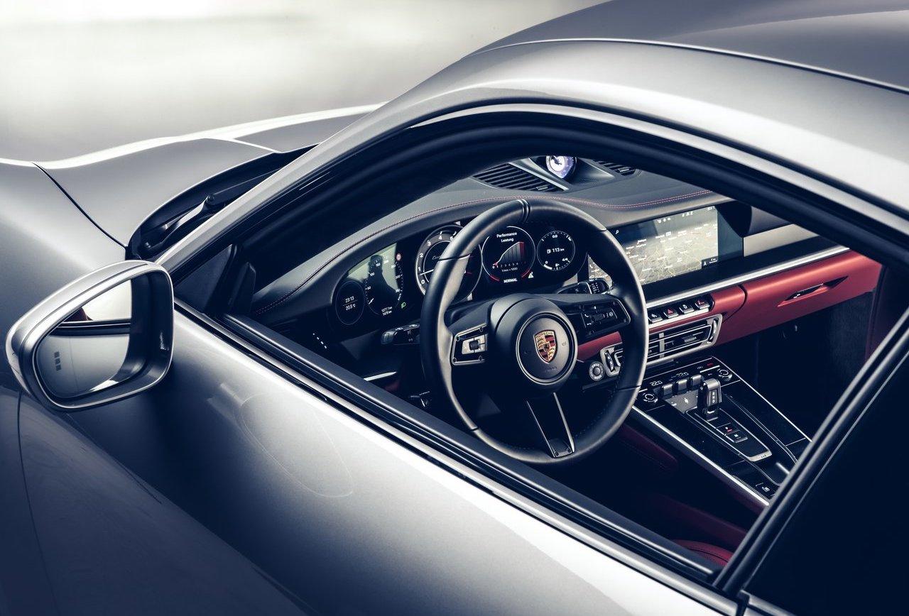 Uscita di Porsche 911 Turbo S