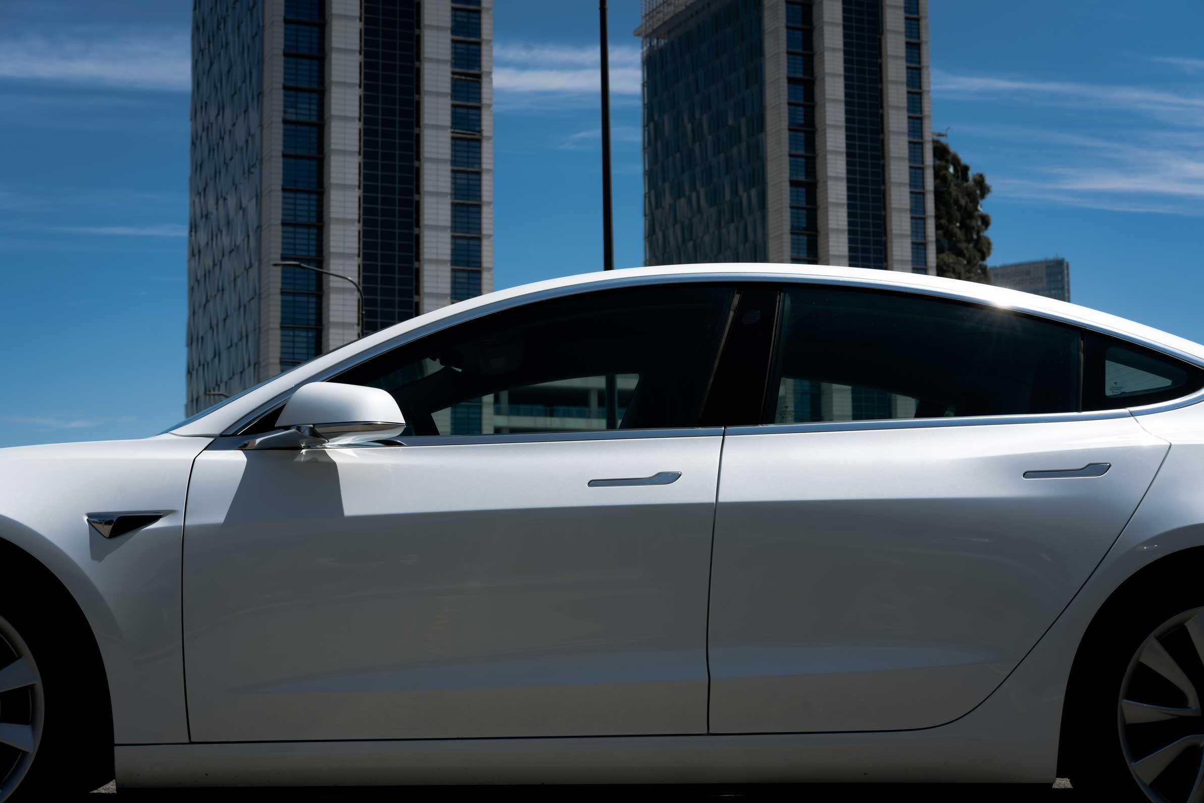 Tesla Model 3 Long Rage
