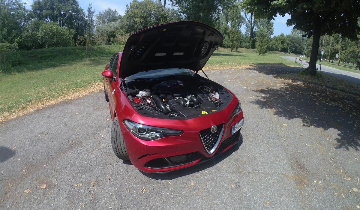 Alfa Romeo Giulia Quadrifoglio motore