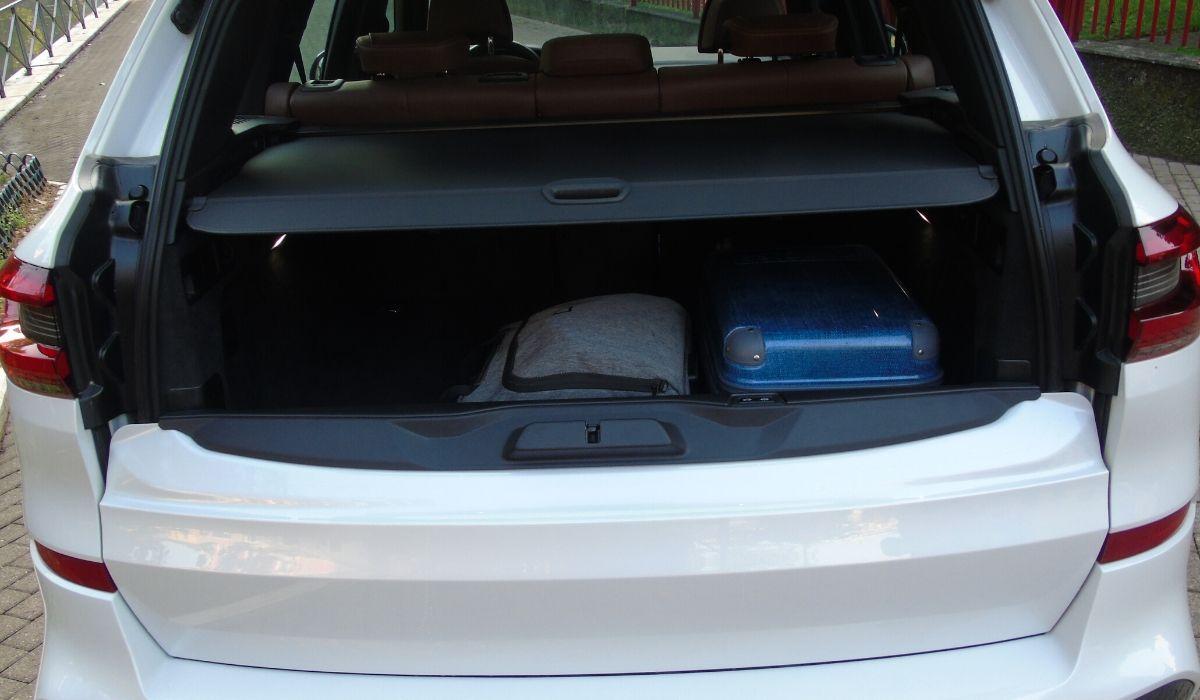 Nuova BMW X5 2020 bagagliaio