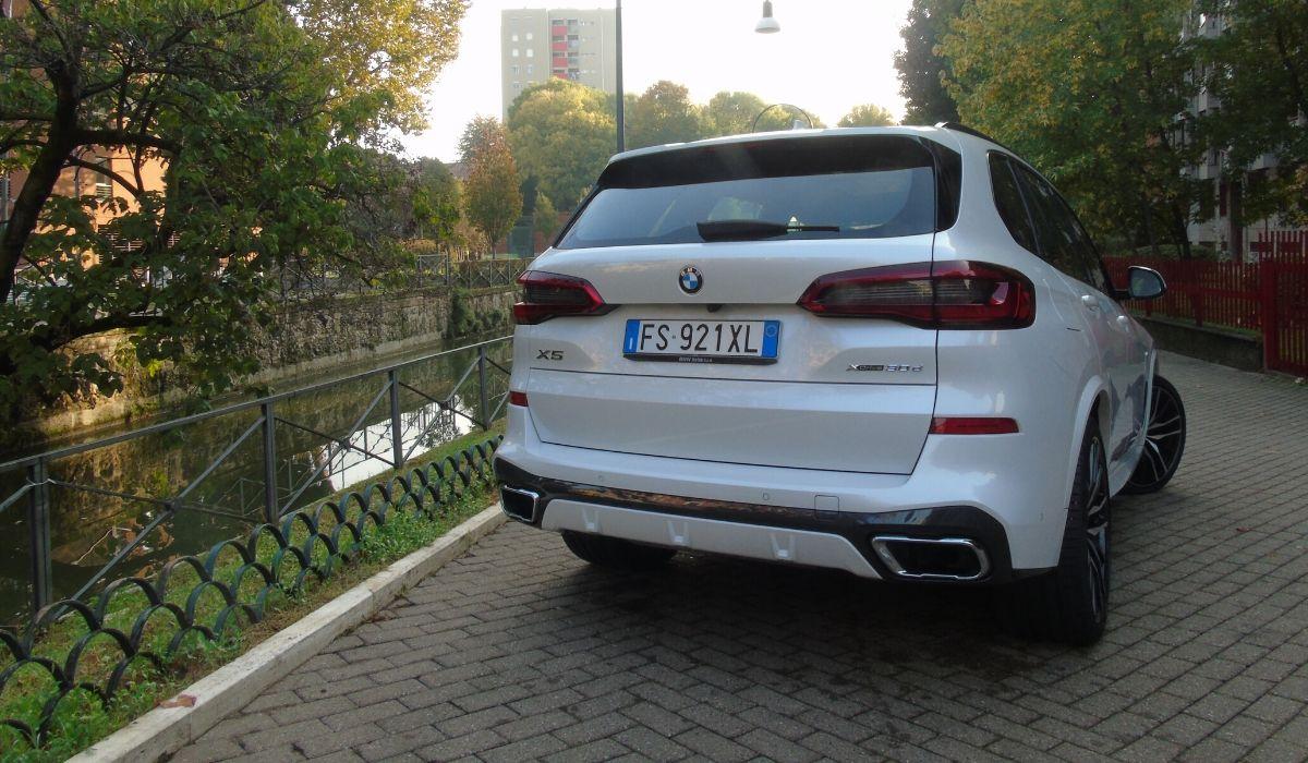Nuova BMW X5 2020 posteriore