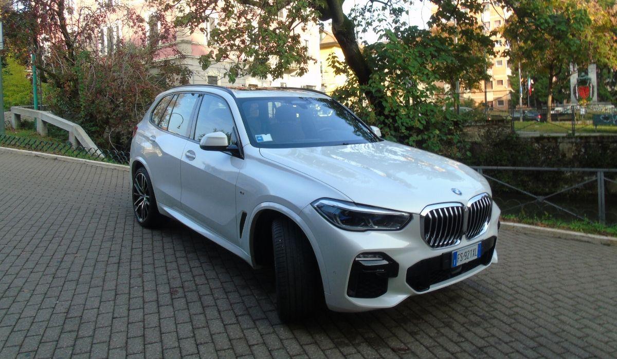 Nuova BMW X5 2020 prova su strada