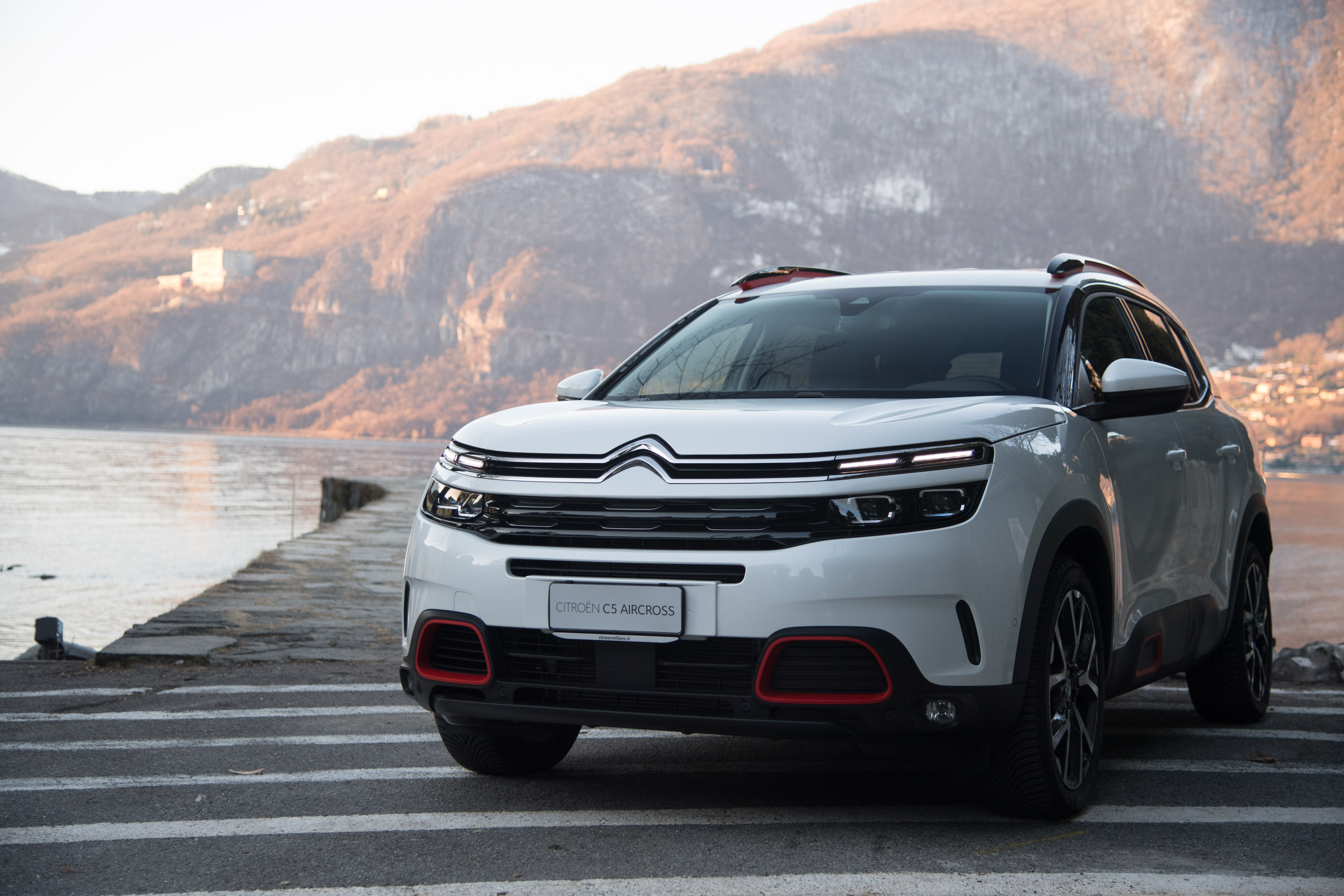 citroen-c5-aircross-fari-full-led-due-livelli