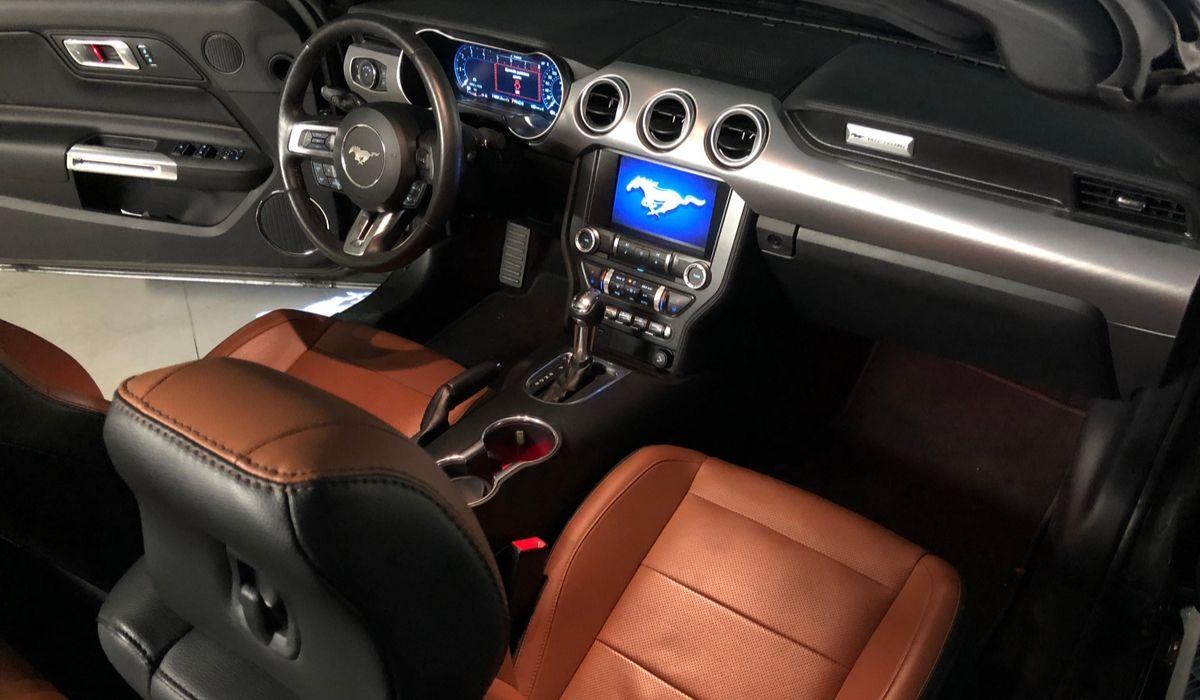 Nuova Ford Mustang 2020 interni