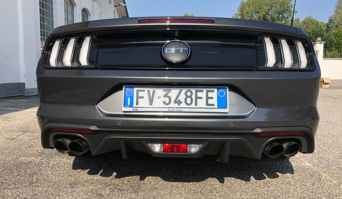 Nuova Ford Mustang 2020 scarichi