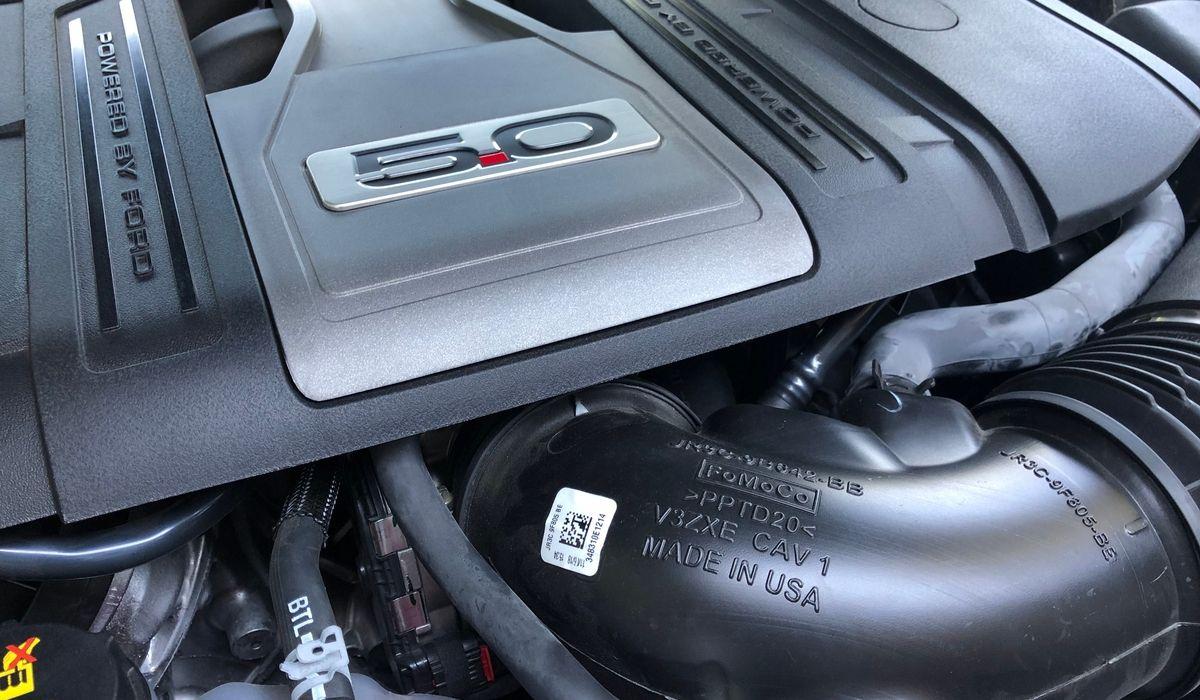 Nuova Ford Mustang V8 GT motore