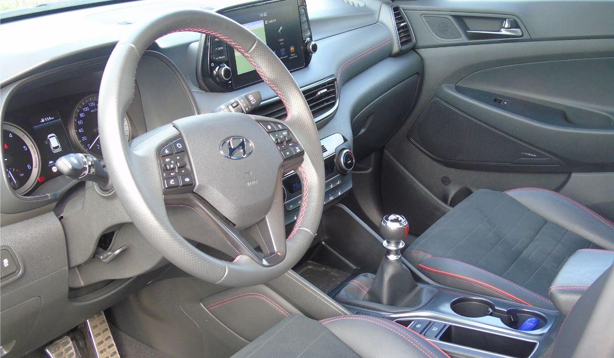 Hyundai Tucson abitacolo