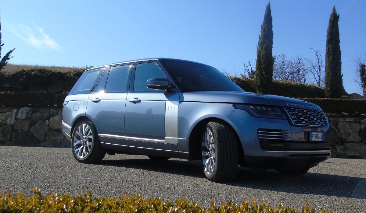 Land Rover Range Rover PHEV statica