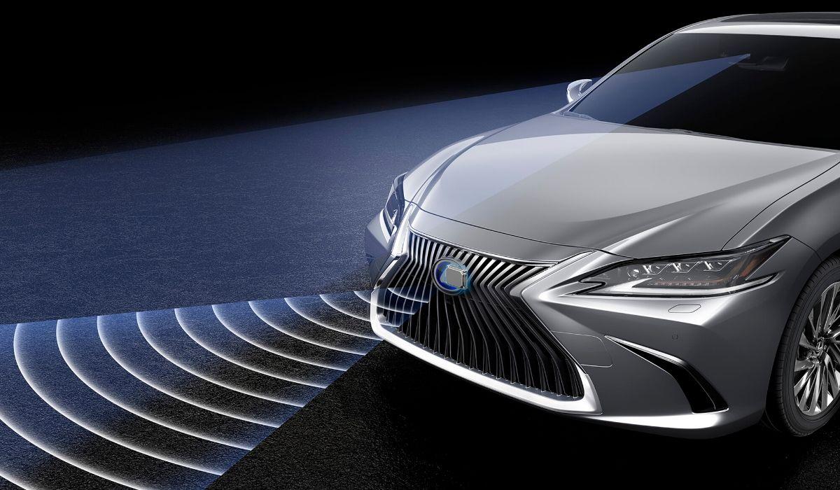 Nuova Lexus ES 2020 adas