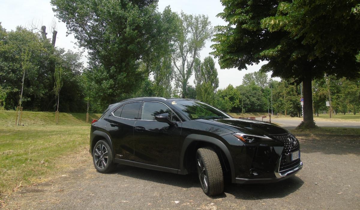 Nuova Lexus UX 2019 design