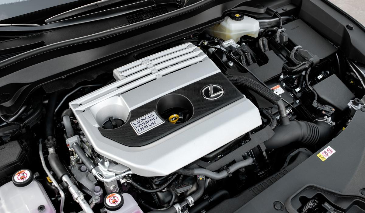 Nuova Lexus UX 2019 motore ibrido