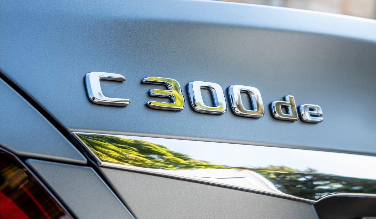 Mercedes Classe C station wagon diesel ibrida plug-in