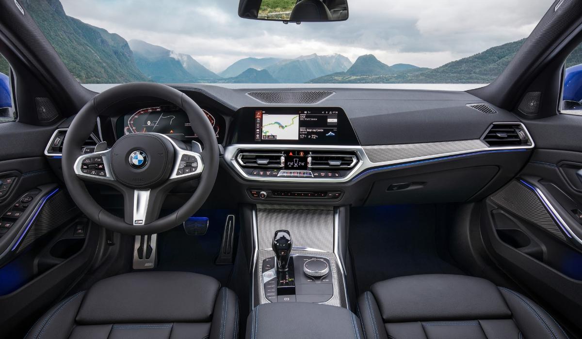 Abitacolo nuova BMW Serie 3 2019
