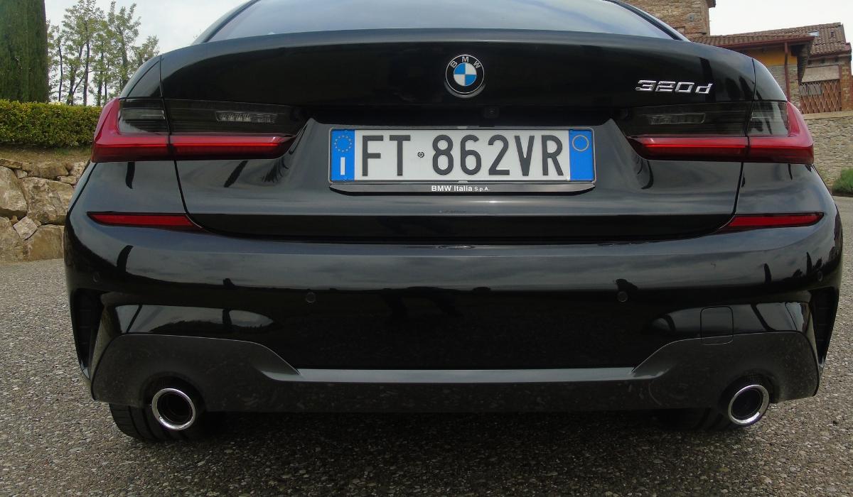 Nuova BMW Serie 3 terminali di scarico