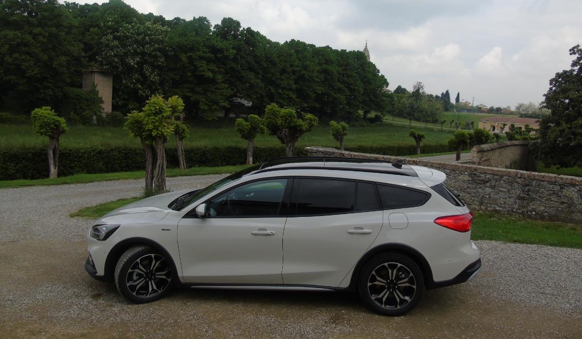 Nuova Ford Focus Active wagon 2019 esterni