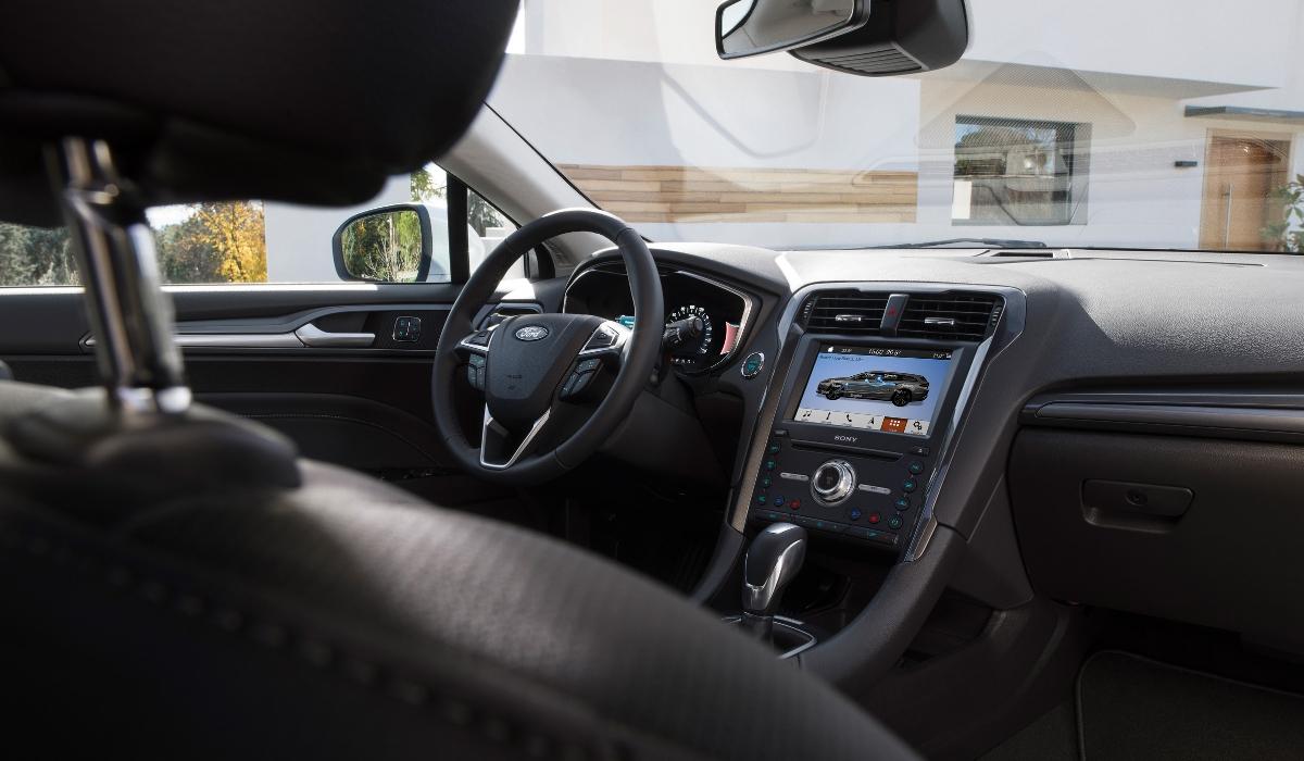 Nuova Ford Mondeo wagon hybrid 2019 interni