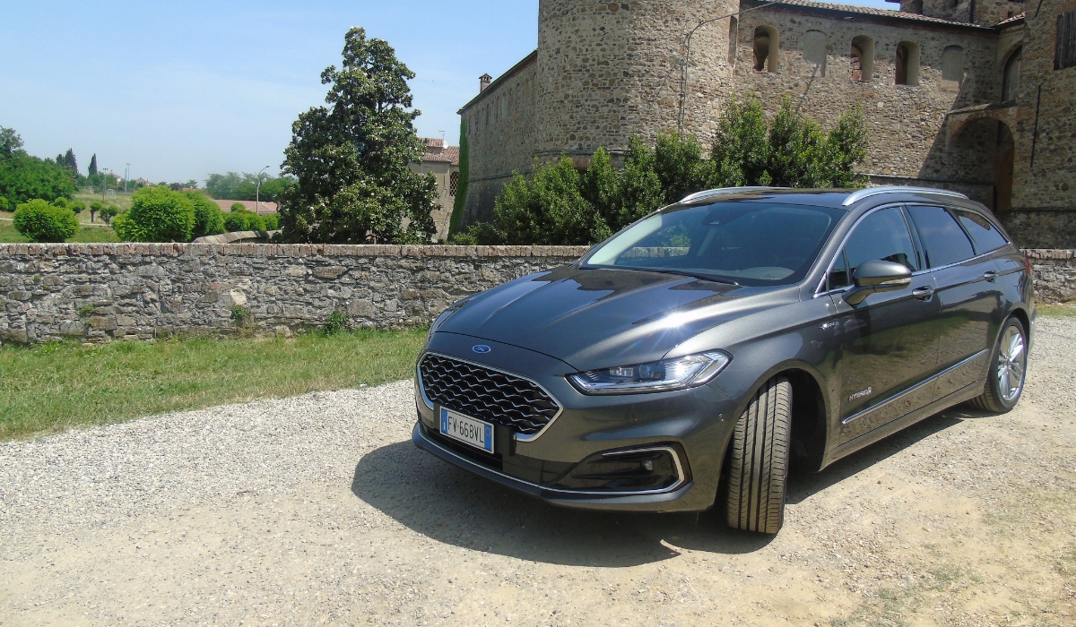 Nuova Ford Mondeo wagon hybrid 2019 test drive