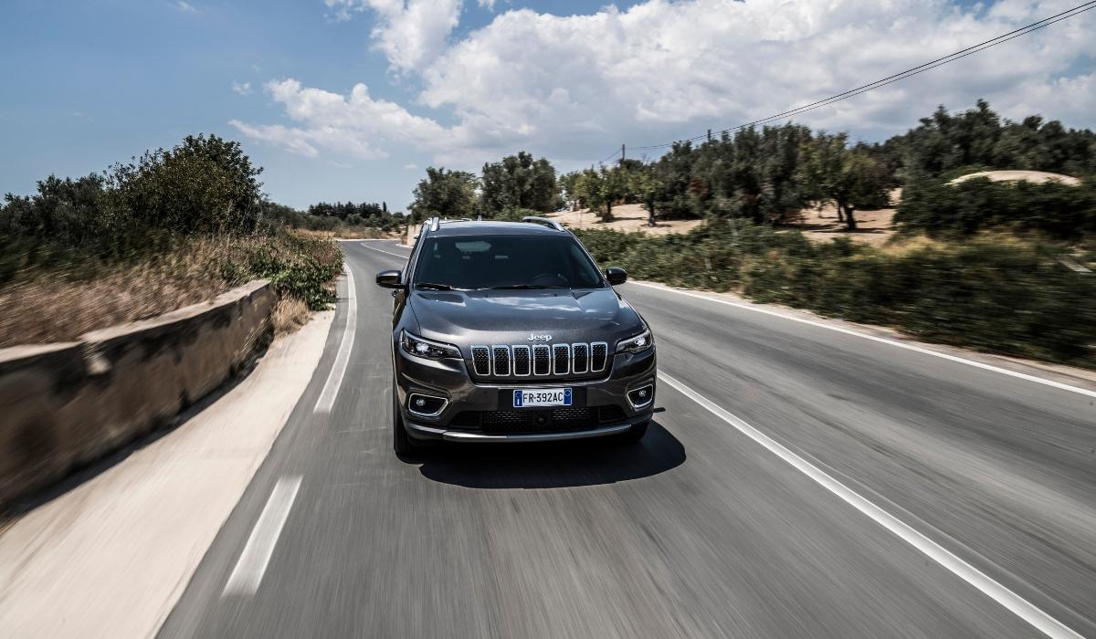 Nuova Jeep Cherokee 2019 prova su strada