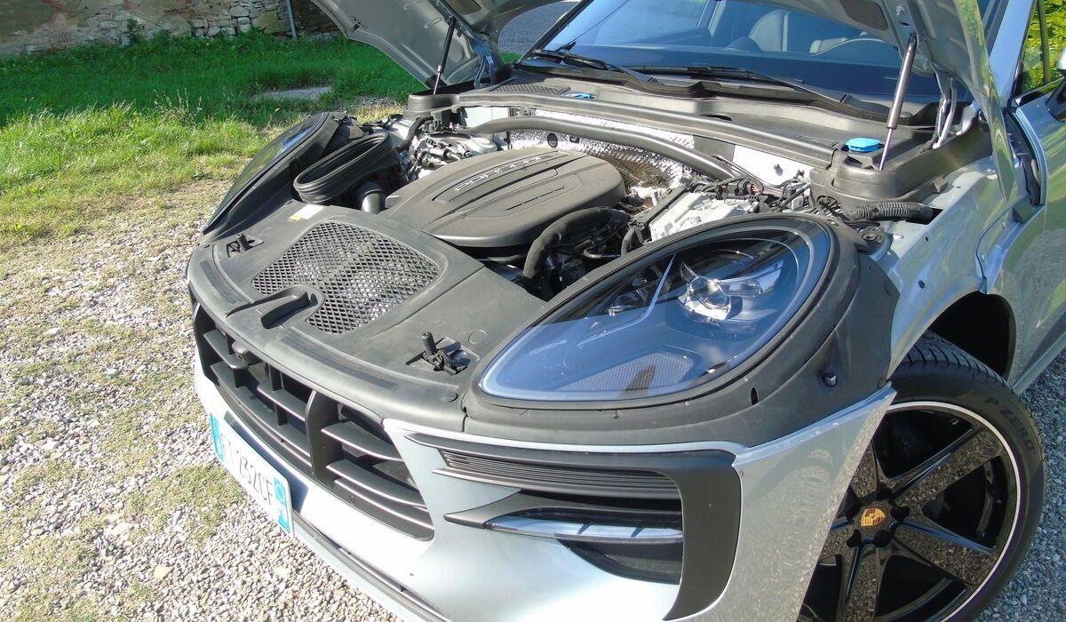 Nuova Porsche Macan 2020 motore