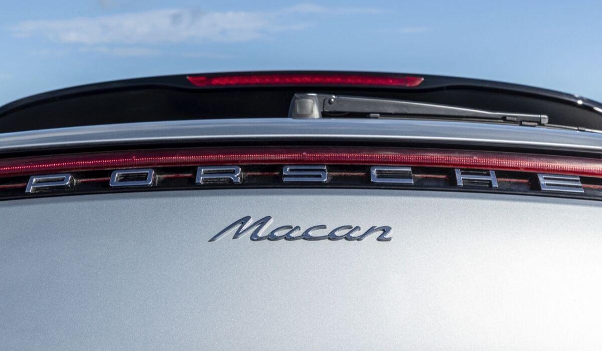 Nuova Porsche Macan 2020 posteriore