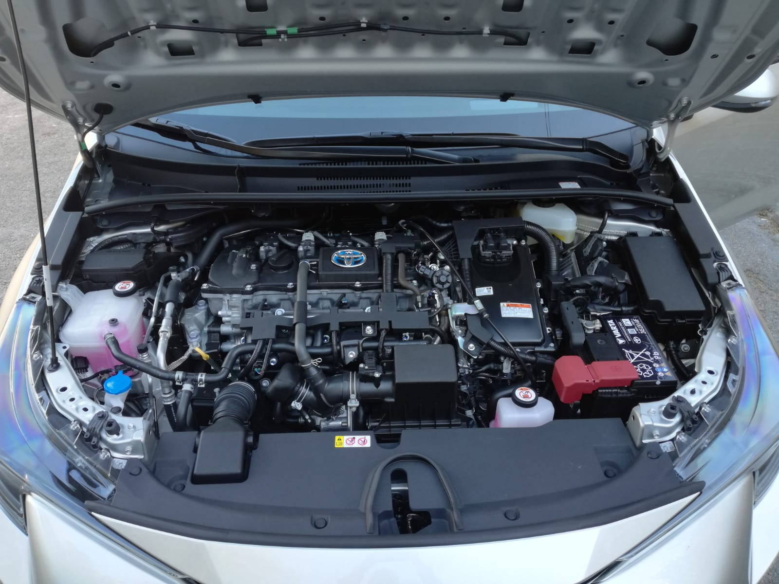 toyota-corolla-ibrida-motore