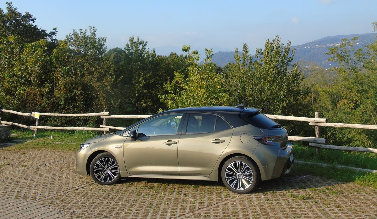 Nuova Toyota Corolla 2020 linee
