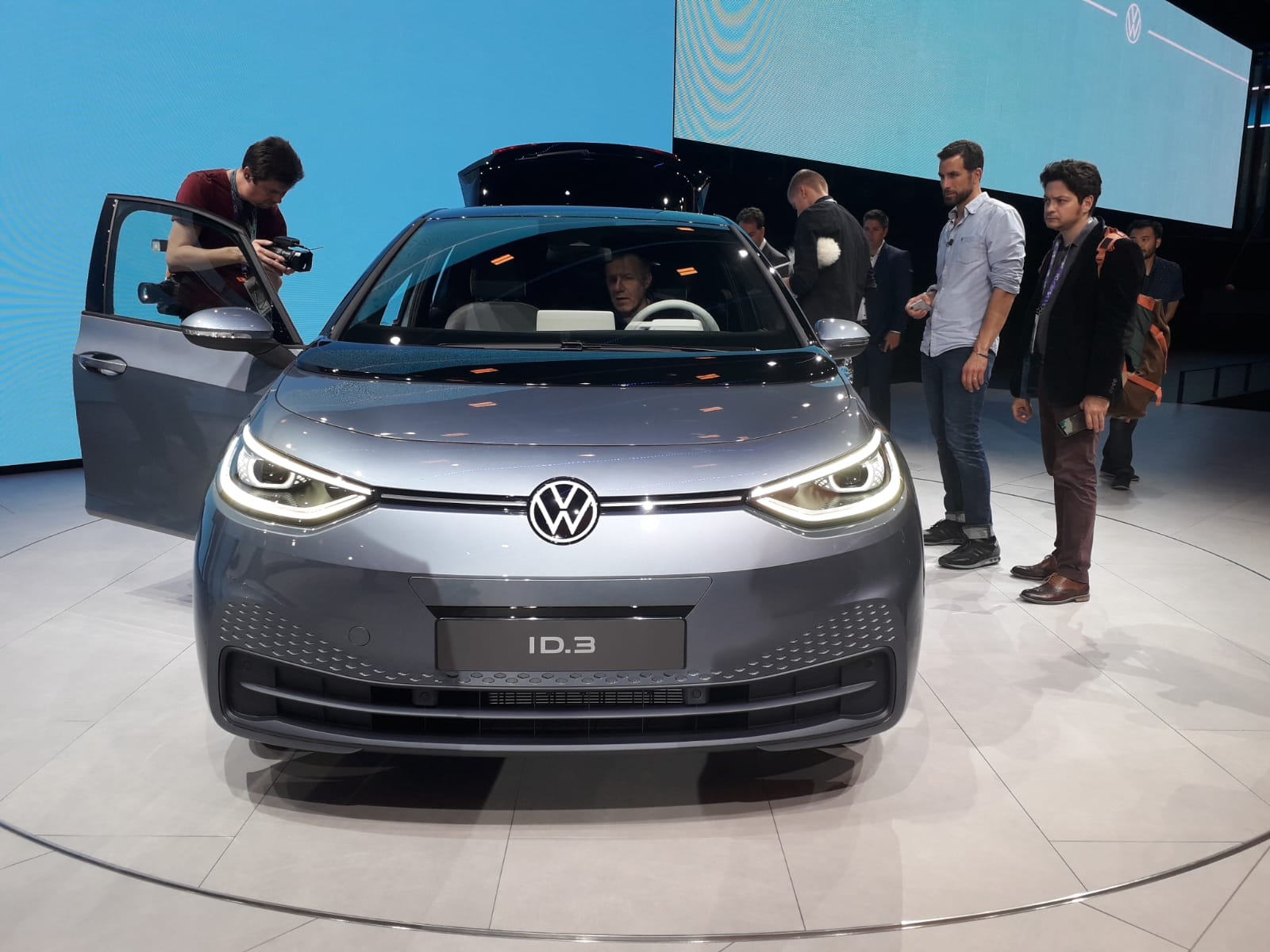 nuova-volkswagen-elettrica
