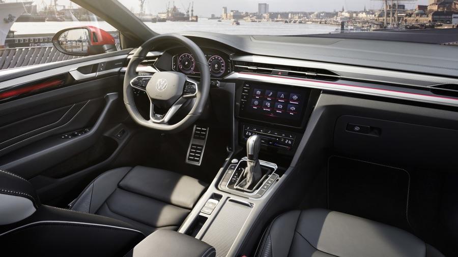 Interni di Volkswagen Arteon 2021