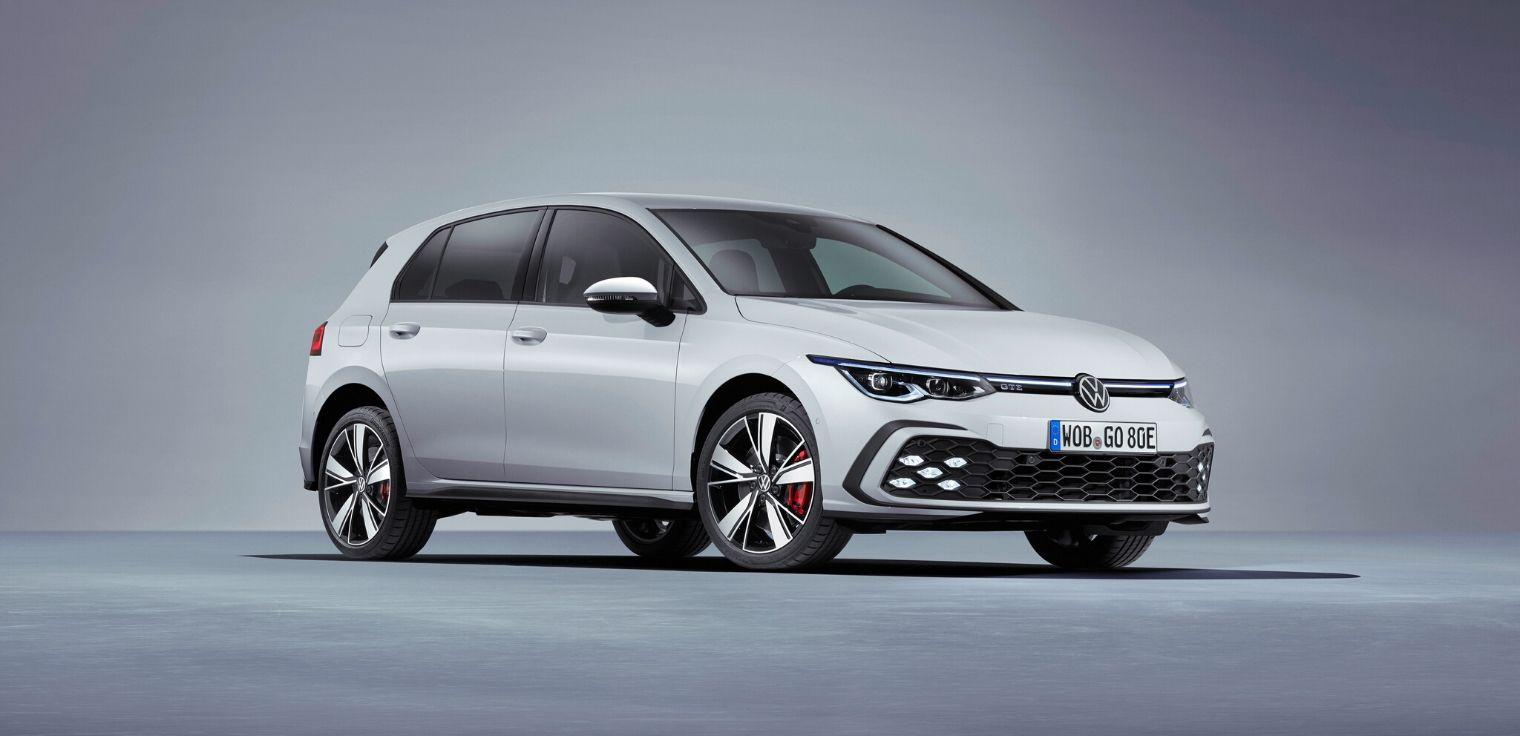 Nuova Volkswagen Golf GTE 2020