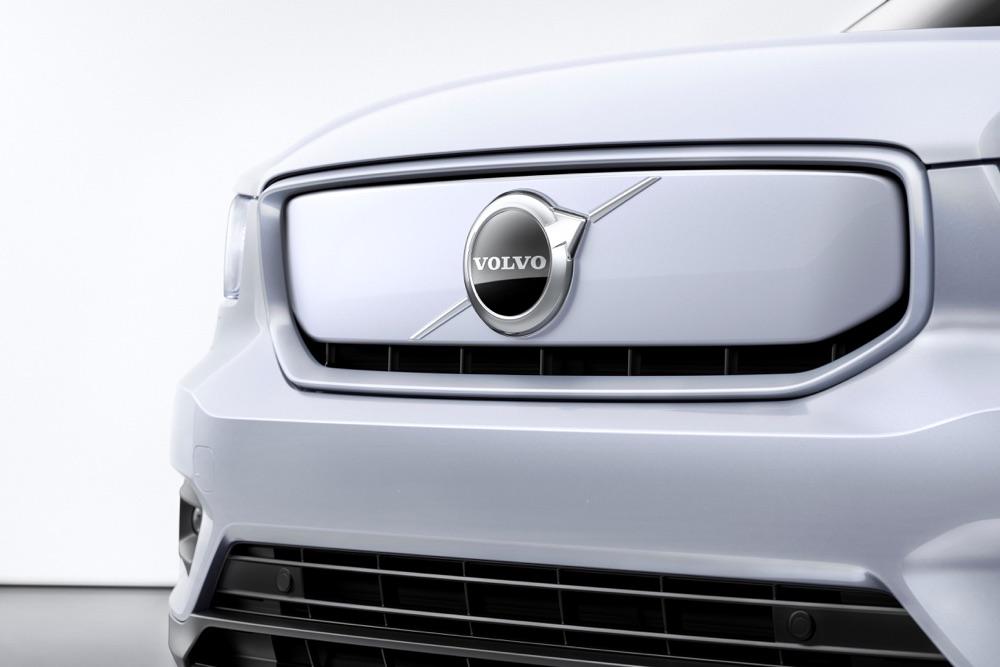 Android Automotive su Volvo XC40 Recharge elettrica