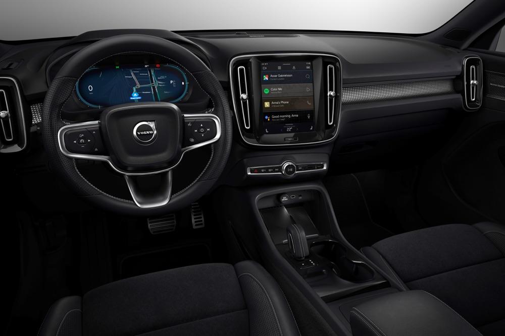 Interni di Volvo XC40 Recharge elettrica