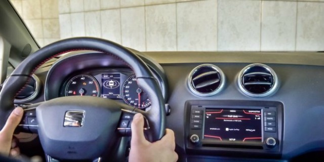 Seat Full link comandi volante