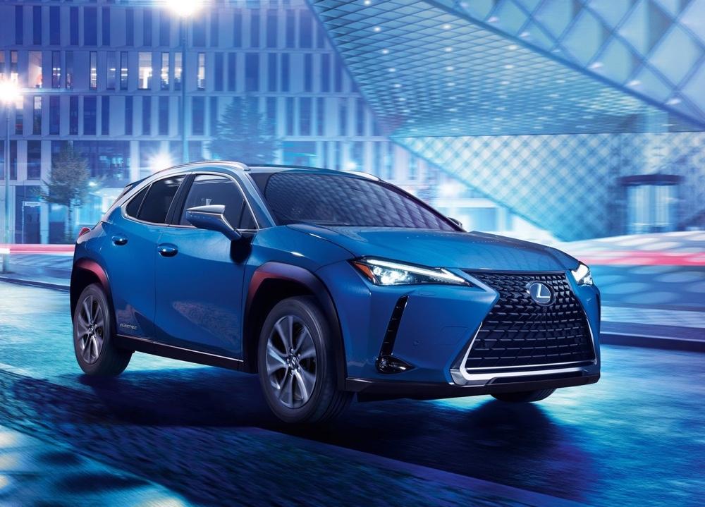 Lexus UX elettrica