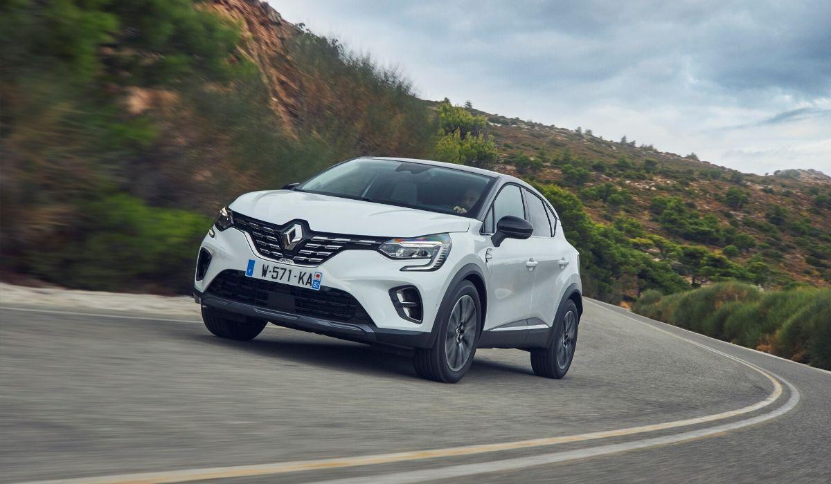 Nuova Renault Captur 2020 su strada