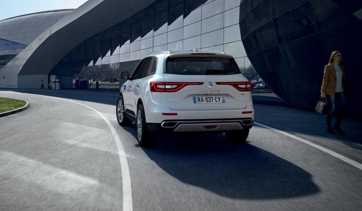 Nuova Renault Koleos 2020 su strada
