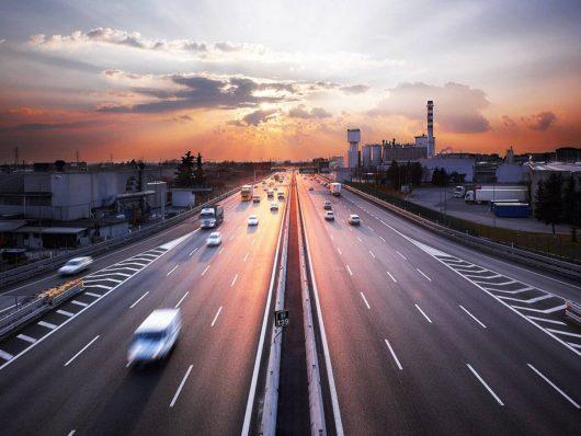 art 142 del Codice della Strada: tutti i limiti di velocità da rispettare