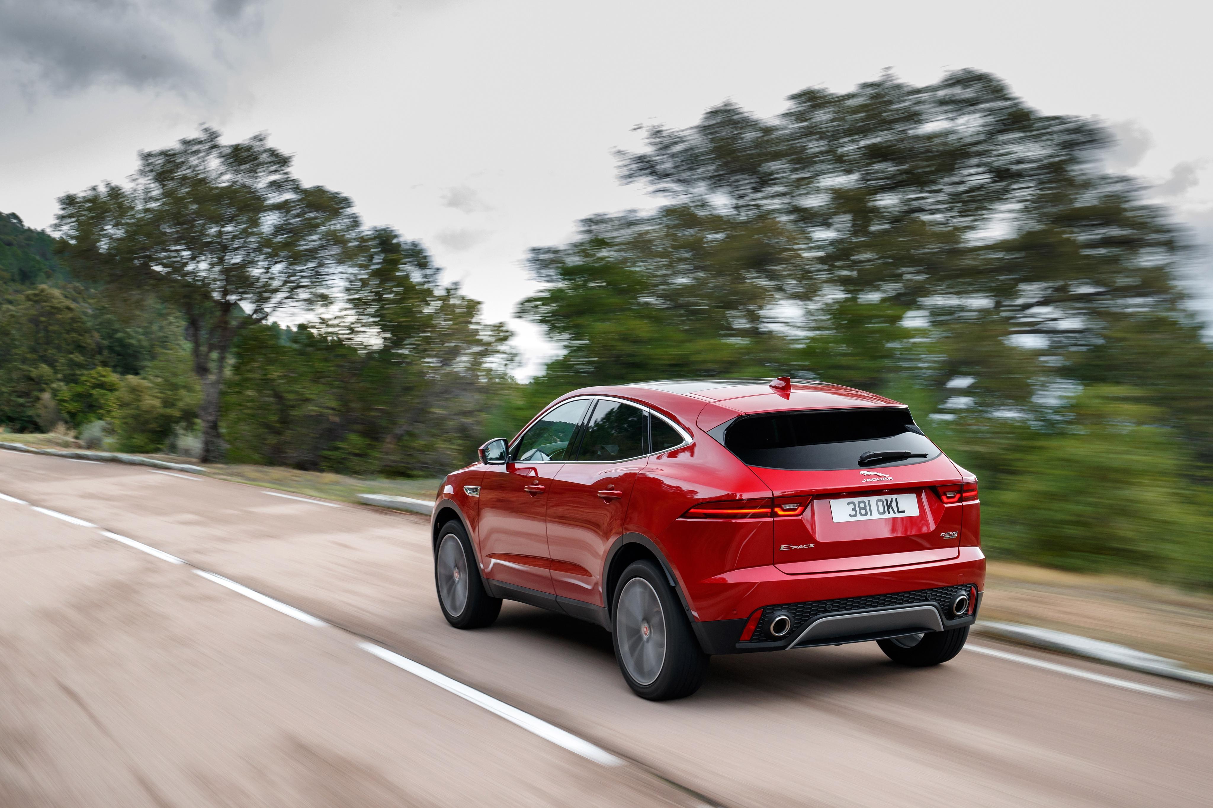 Nuova Jaguar E-Pace 2018