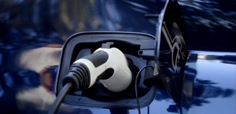 incentivi auto elettriche ibride