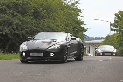 Aston-Vanquish-Zagato-Speedster-foto-spia