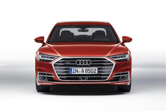 Nuova Audi A8 frontale