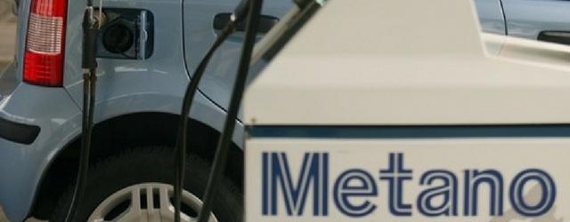 Auto a metano rifornimento