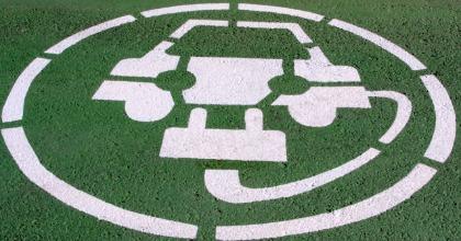Auto elettriche 2016, strategie