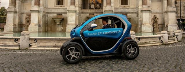Auto elettriche Renault Twizy dinamica