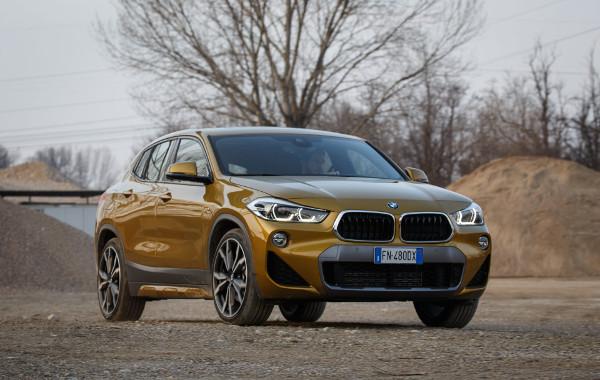 BMW-X2-tre-quarti