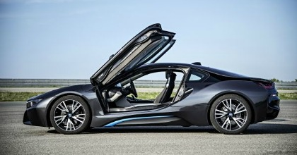BMW i8 2014, ibrida plug-in