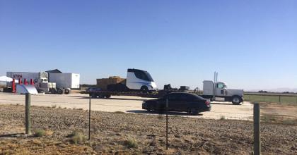 Il camion elettrico di Elon Musk